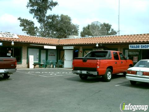 Lil Abner's Hayloft, Riverside CA