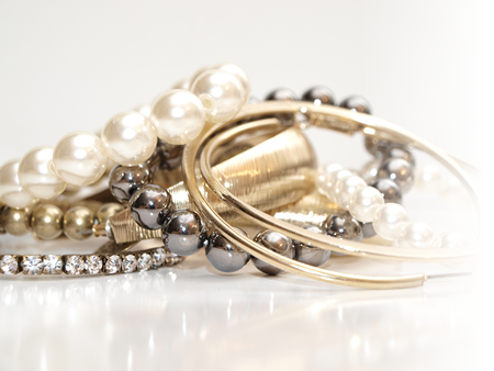 buy-gold-diamonds-jewelry