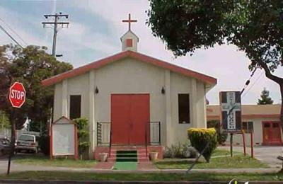 Ollie Grove Baptist Church - Berkeley, CA