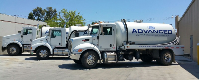 septic cleaning truck