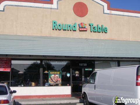 Round Table Pizza, Bellflower CA