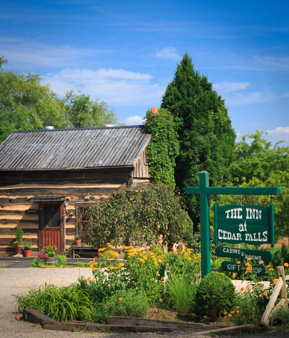 Inn & Spa at Cedar Falls, Logan OH