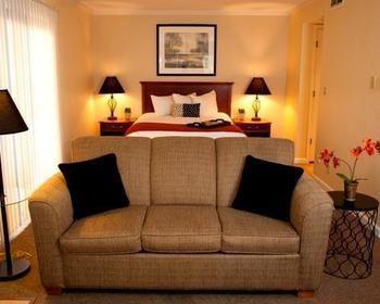Chase Suite Hotel Lincoln, Lincoln NE
