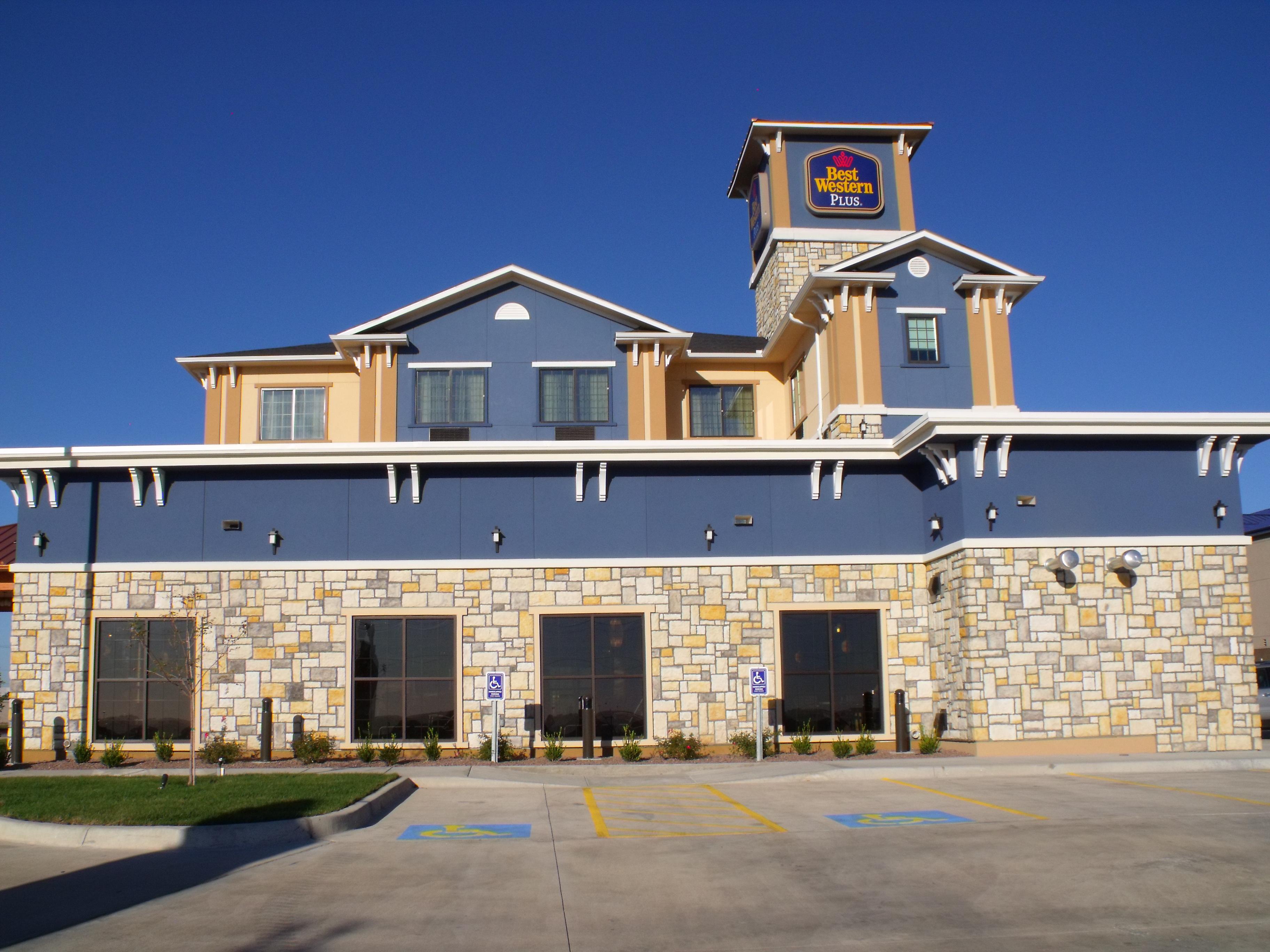Best Western Plus Emerald Inn & Suites, Garden City KS