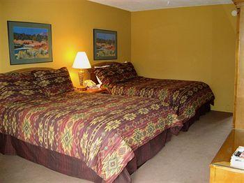Indian Hills Inn, Taos NM