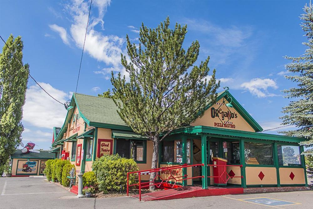 Oregano's Pizza Bistro, Flagstaff AZ