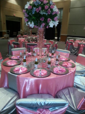 Unique Occasions banquet table