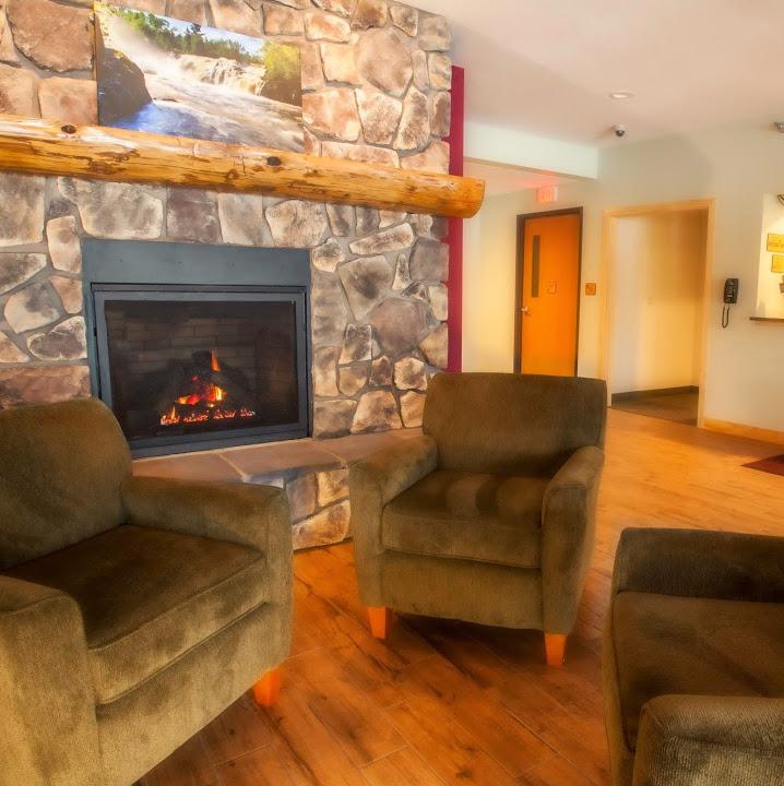 Junction Inn & Suites & Conference Center, Babbitt MN