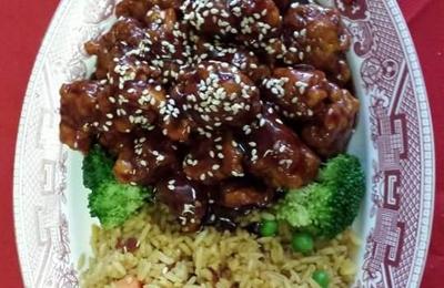CHINA WOK - Umatilla, FL. Sesame chicken