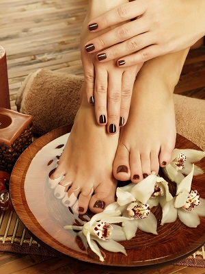 33334 manicure and pedicure