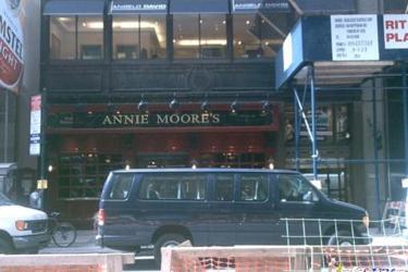 Annie Moores Bar & Restaurant