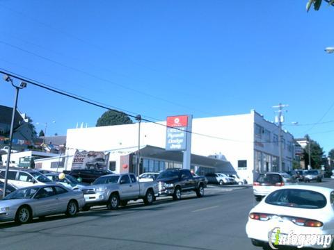 Lum's Toyota, Warrenton OR