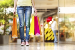 Popular Shopping Centers & Malls in Dracut
