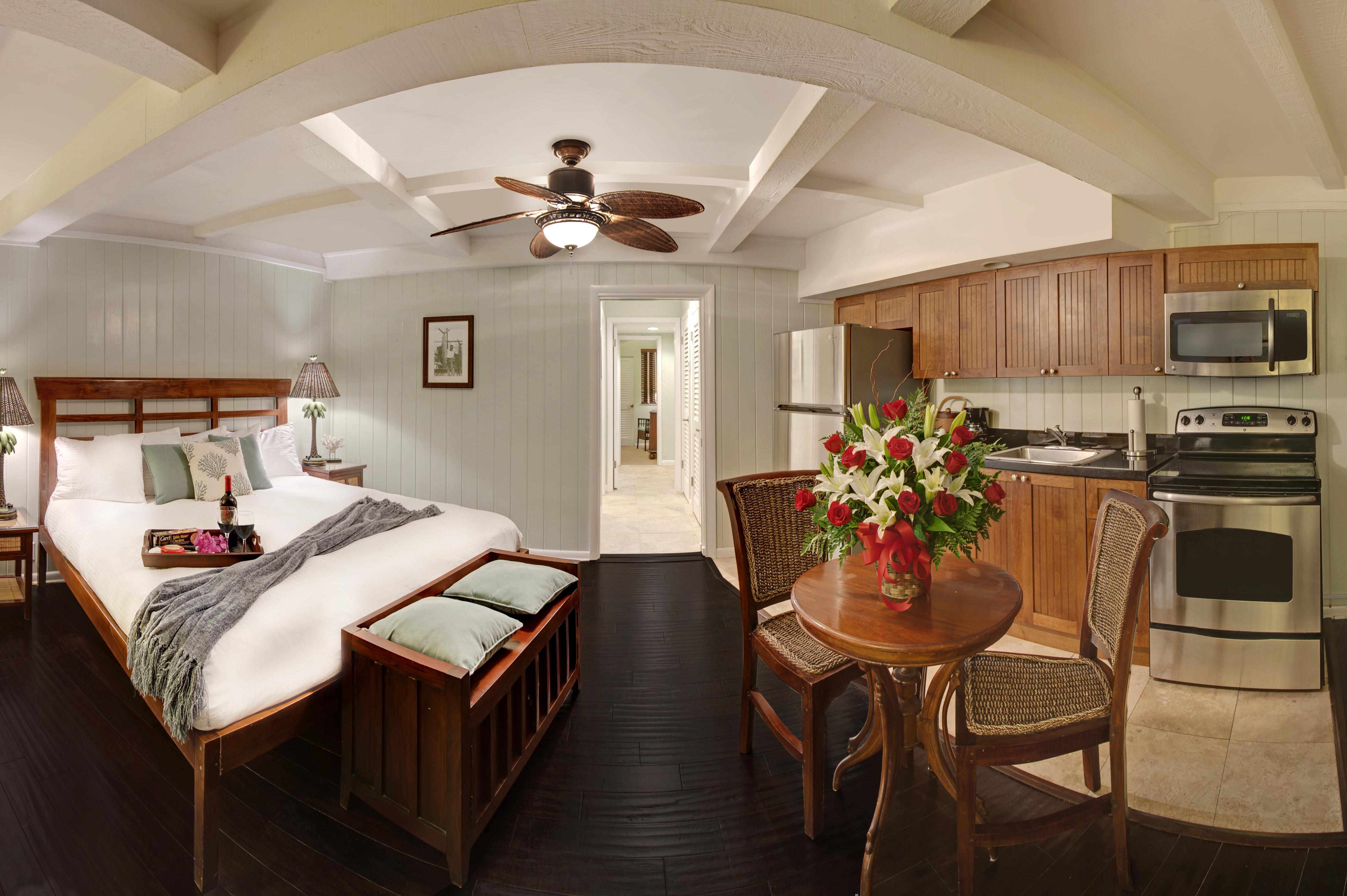 Coconut Palm Inn, Tavernier FL