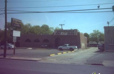 San Antonio Pet Care Basse - San Antonio, TX