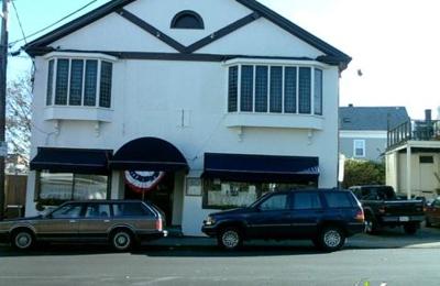 Rhumb Line Restaurant - Gloucester, MA