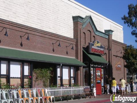 Lucille's Smokehouse BBQ, Torrance CA