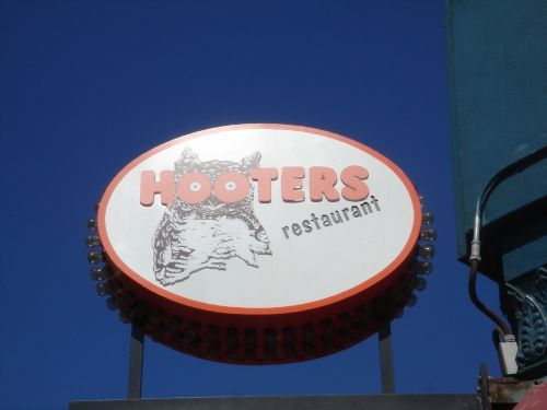 Hooters, Manassas VA