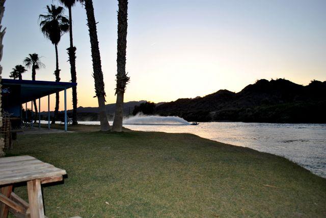 Castle Rock Shores RV Resort, Parker AZ