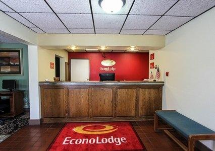 Econo Lodge, Austin MN