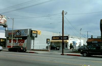 Thrifty Car Rental - Reseda, CA