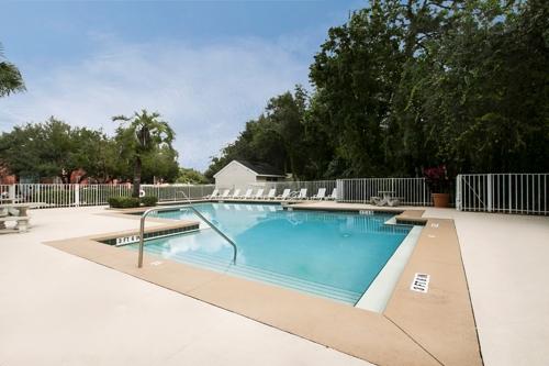 Castle Woods Apartments - Casselberry, FL