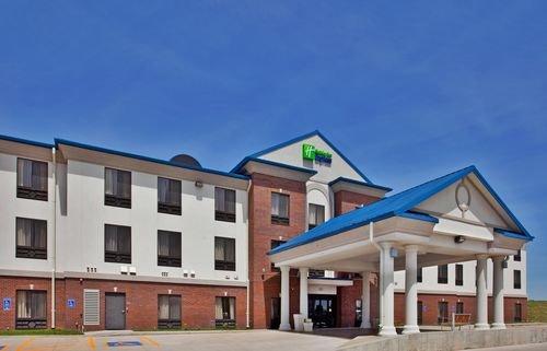Holiday Inn Express, McPherson KS
