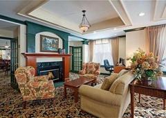 Holiday Inn Express & Suites Amherst-Hadley - Hadley, MA