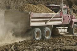 Dirt and Limesone Trucking in Baton Rouge
