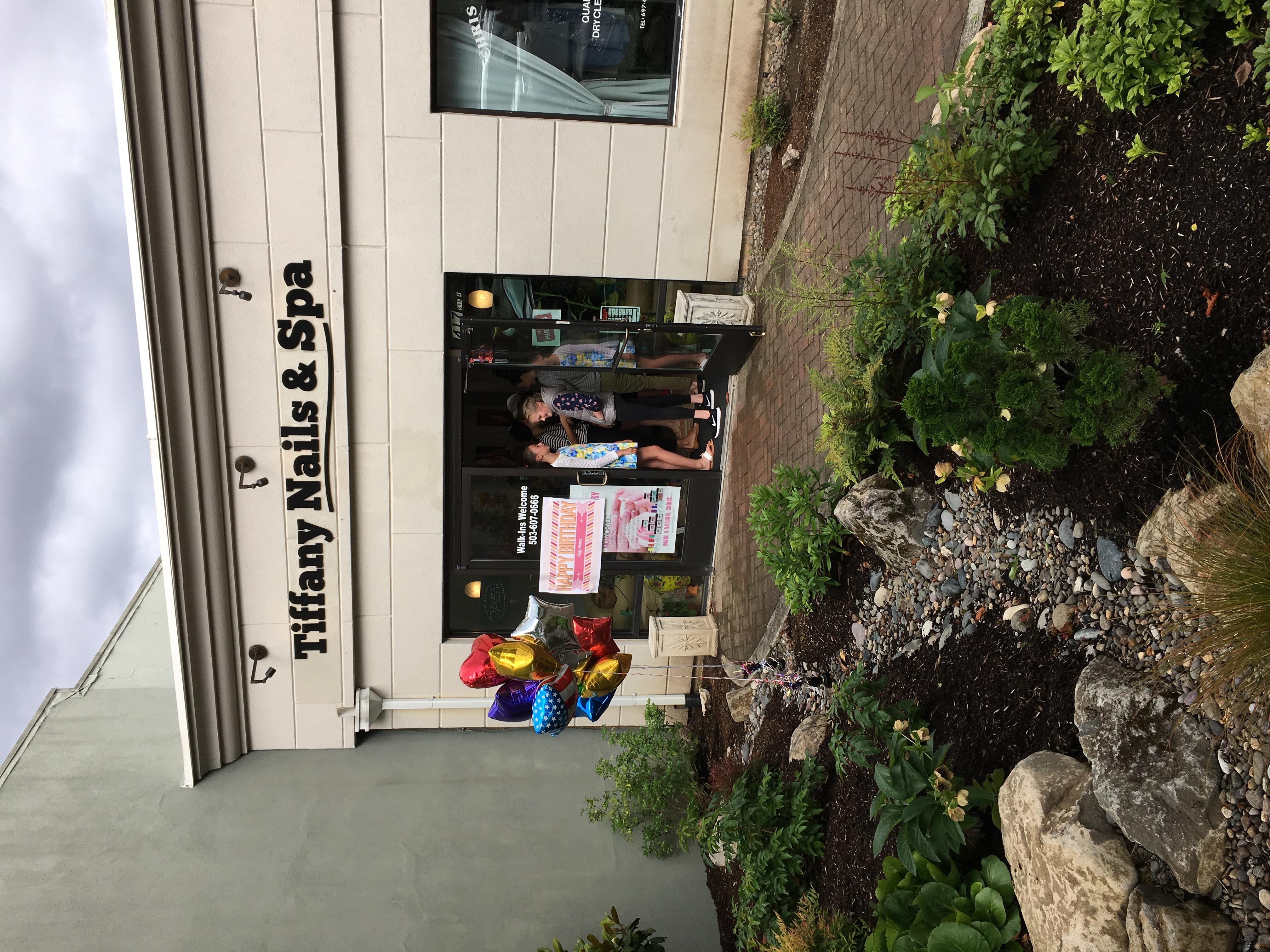 Tiffany Nails & Spa, Lake Oswego OR