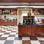 Hampton Inn & Suites - Airport - Sacramento, CA