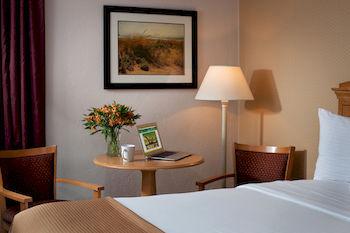 Bayside Resort Hotel, West Yarmouth MA