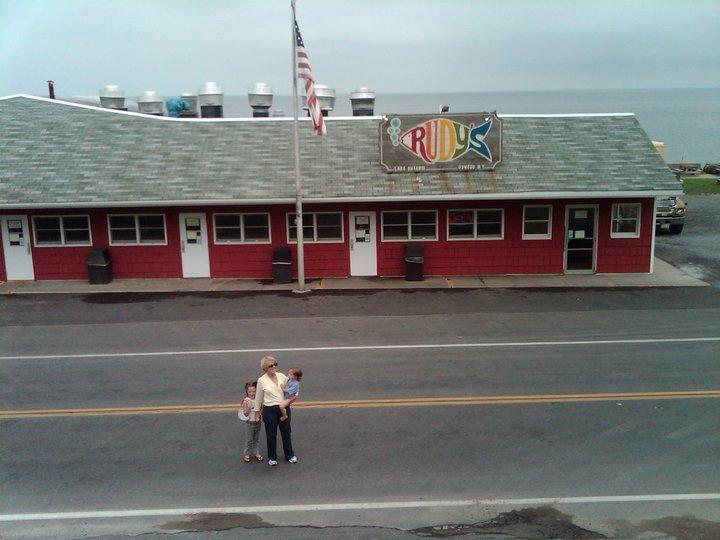 Rudy's Lakeside Drive-In, Oswego NY