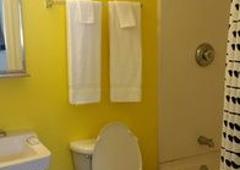 InTown Suites - San Antonio, TX