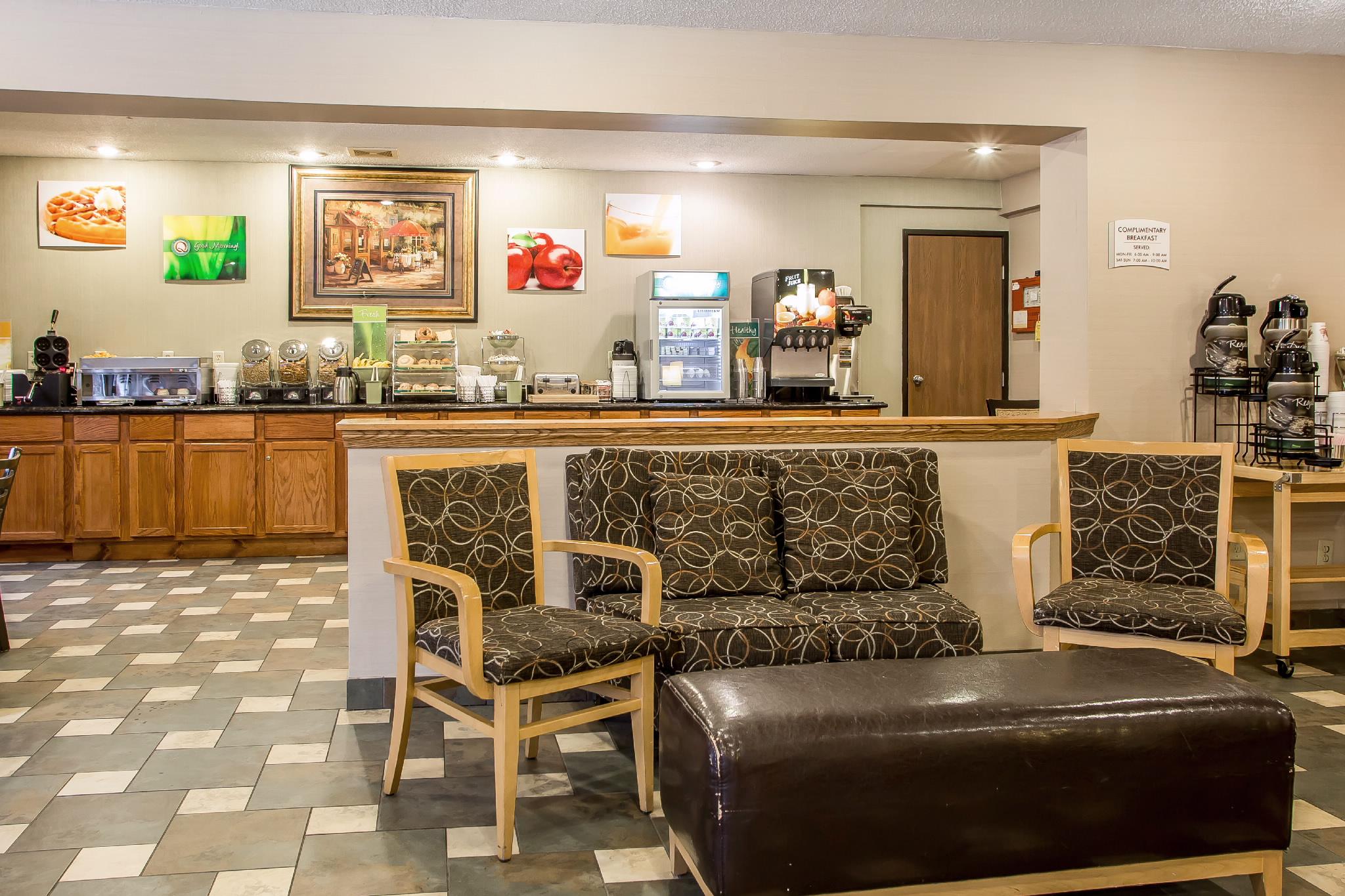 Quality Inn & Suites, Marinette WI