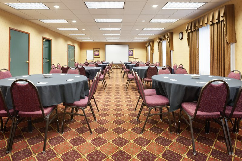 Country Inn & Suites, Northwood IA