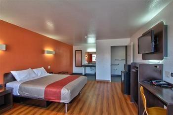 Motel 6, Castroville CA