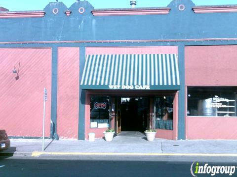 Wet Dog Cafe & Brewery, Astoria OR