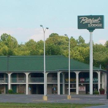 Riverfront Lodge Burkesville, Burkesville KY