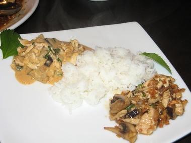 Hot Basil Thai Cafe, West Hartford CT