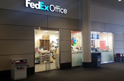 FedEx Office Print & Ship Center - Boston, MA