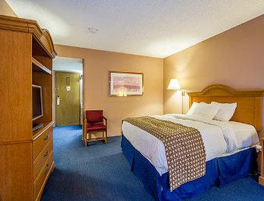 Falmouth Inn, Falmouth MA