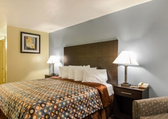 Econo Lodge - Woodstock, VA