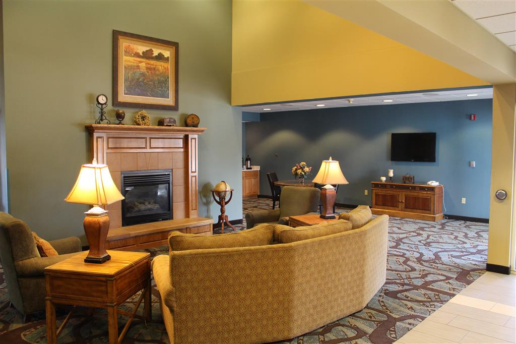Best Western Holiday Manor, Newton IA