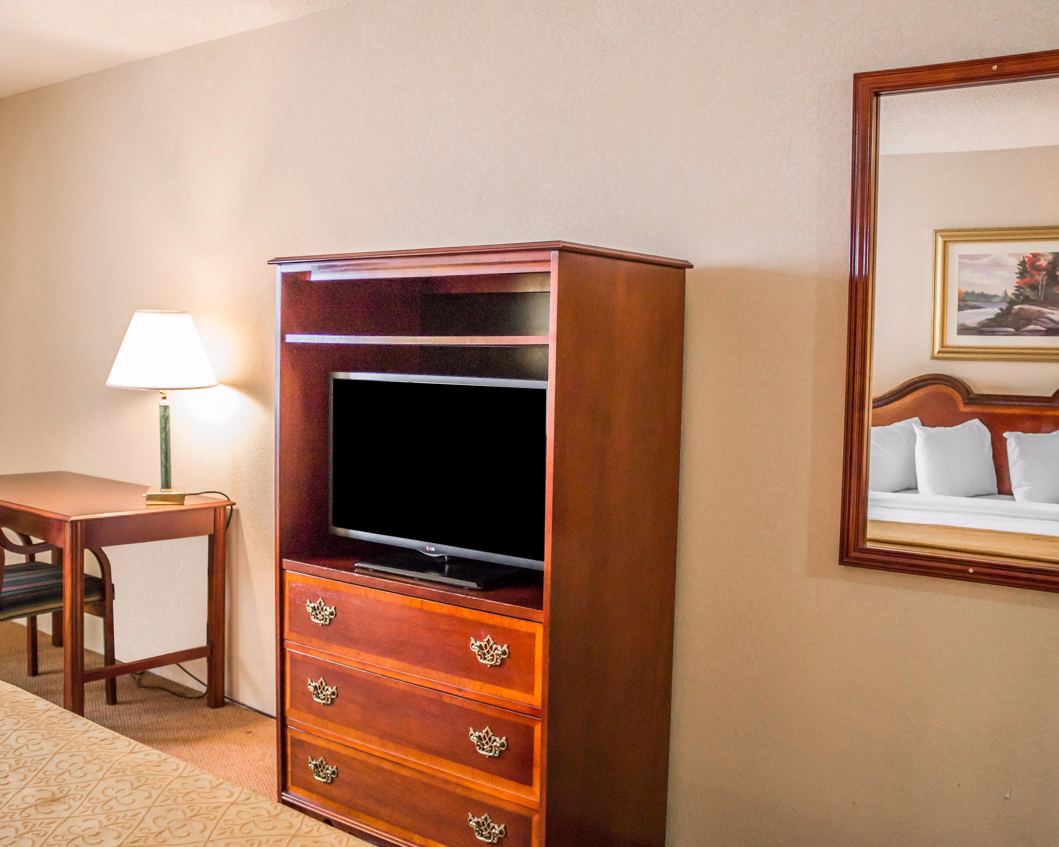 Quality Inn & Suites, Manistique MI