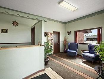 Royal Inn & Suites, Mountain Grove MO