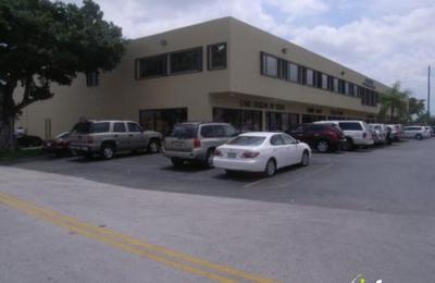 Fabrics & Walls - Miami, FL
