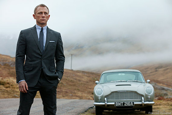 570-380-movies-skyfall-bond-car