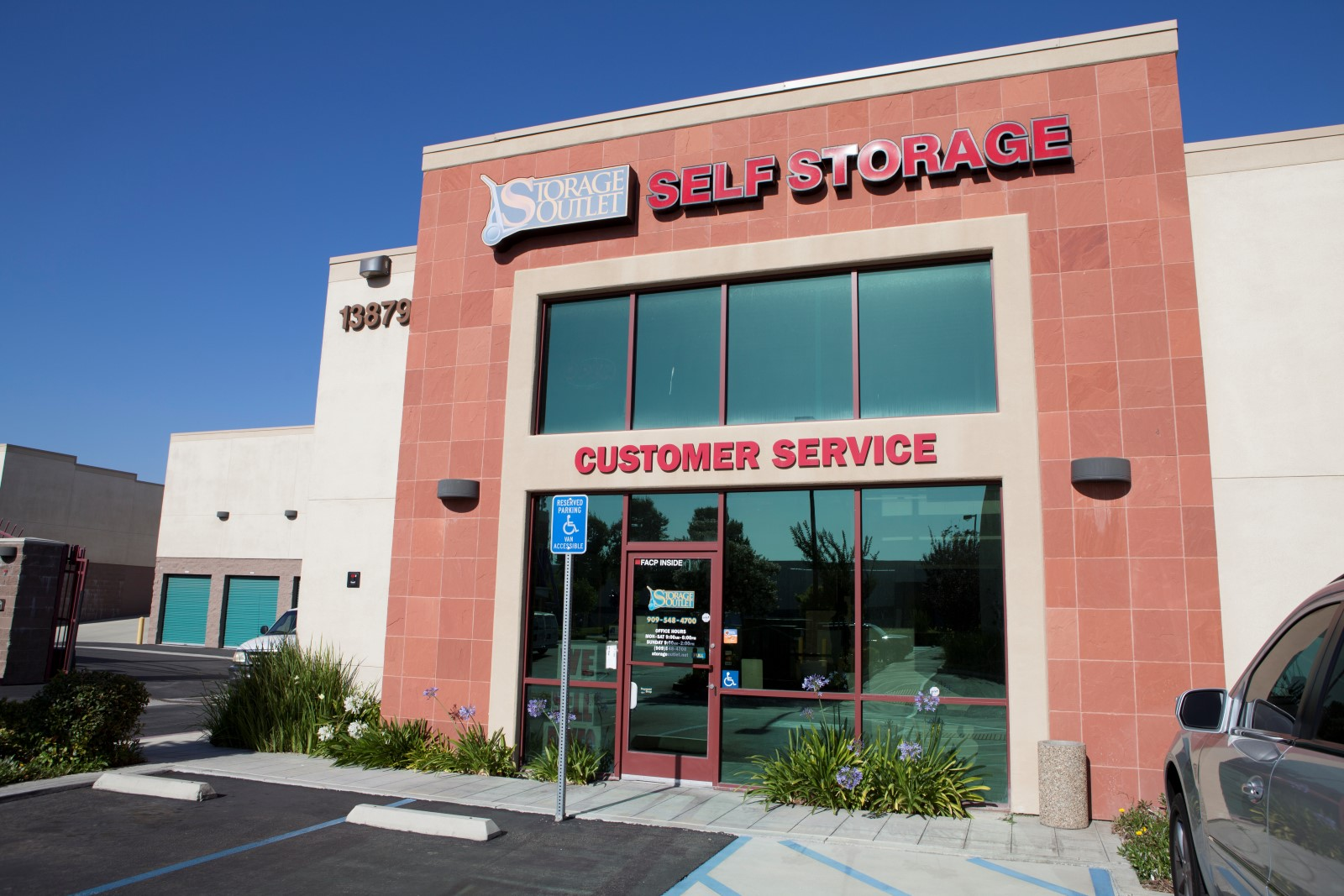 Storage Outlet Self Storage Chino 13879 Central Ave Chino