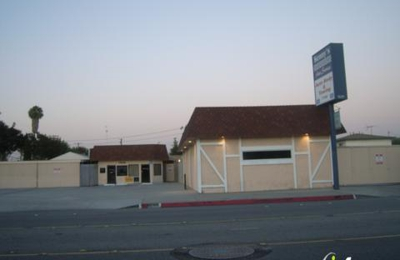 Kenny's Auto Body & Towing - Bellflower, CA